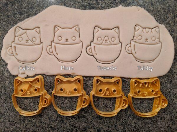 Cats in Mugs